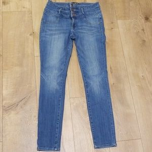 High waisted Refuge jeans
